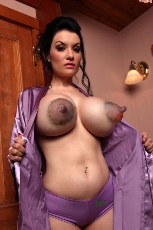 Beautiful women with big nipples quickly thought))))