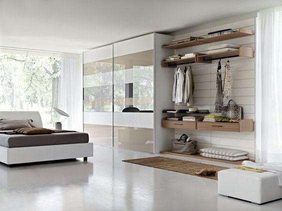 """La pratique démontre que lors de la planification de notre nouveau logement, nous accordons très peu d'attention à l""""armoire de rangement. Heureusement, il"""