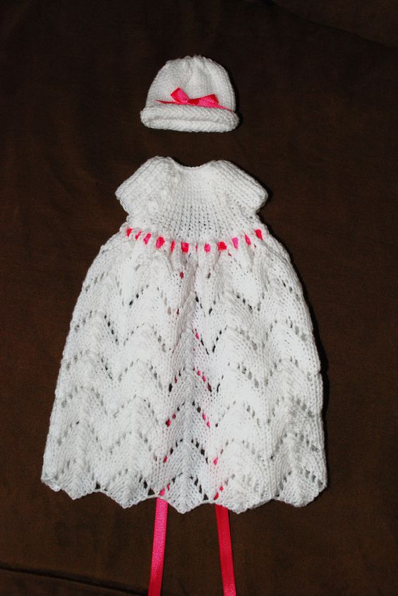 Free Knitting Patterns For Angel Babies : Free Knitting Pattern Review - Angel Wings Gown by HAIN # ...