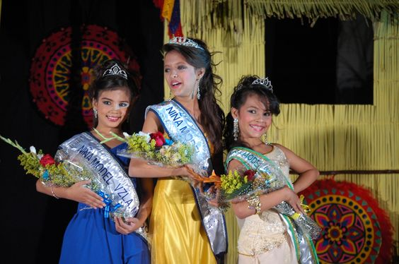 Estefany Yedra, la primera Niña Model Venezuela 2010 en la categoria Infantil