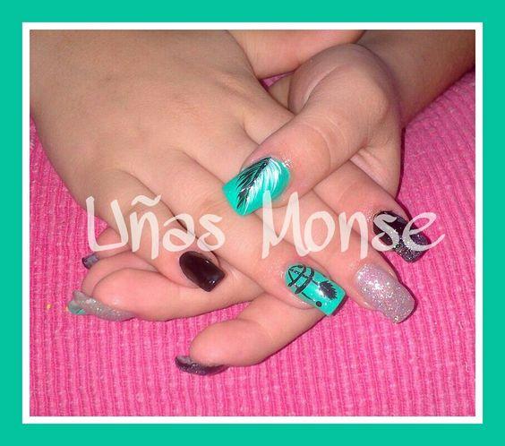 Pluma y atrapasueños #UñasMonse #nails