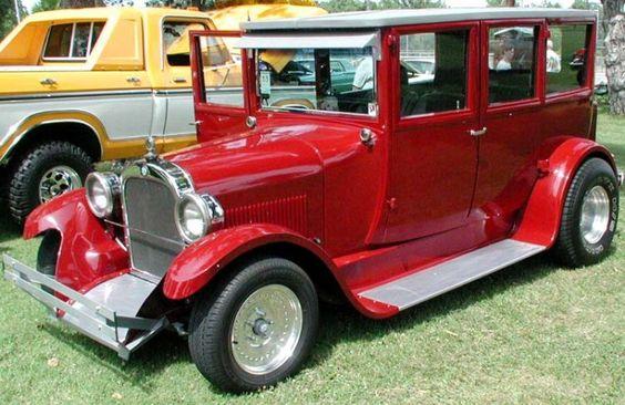 1925 Dodge Custom 4dr