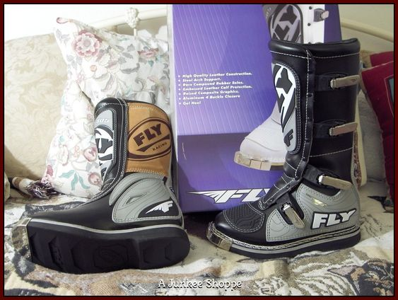 FLY 805 MX Motocross Motorcycle Racing Boots Grey Black Sz 7 Unused In Box P733   http://ajunkeeshoppe.blogspot.com/