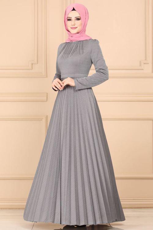 Modaselvim Elbise Tas Kolyeli Piliseli Elbise 637l263 Gri Elbise Elbiseler Elbise Modelleri