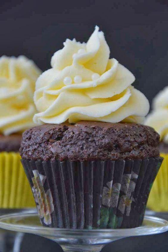 Chocolade koffie cupcakes met licor 43 toef