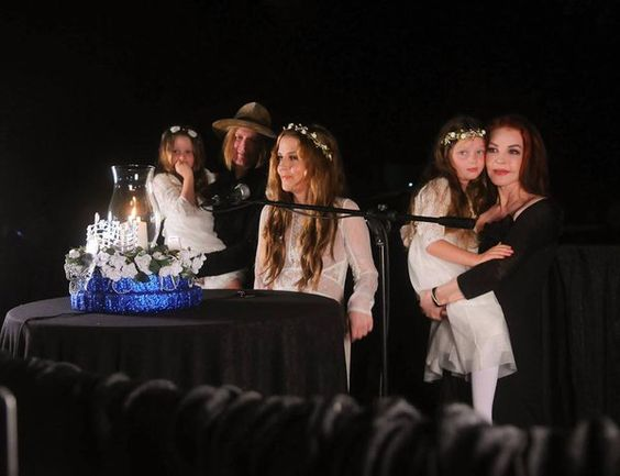 """""""A magic moment @LisaPresley - A wonderful Candlelight Vigil with the most SPECIAL family here! ELVIS IS SO PROUD!!!"""""""