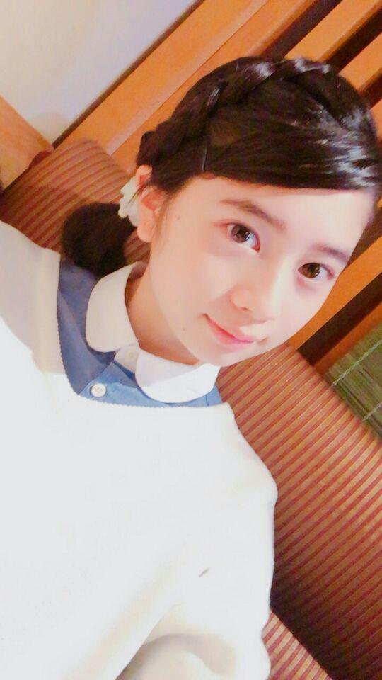 桜田ひよりのセーター
