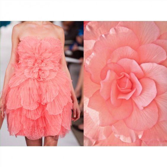 Blog PHOTO & L' ART • Oscar de la Renta S/S 2014 • & • Flower • _____________________ #LiliyaHudyakova #fashionart #OscardelaRenta #hautecouture #artblogger #floral