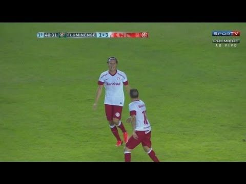 Gol Olimpico de Diego Forlán - Fluminense 2 x 3 Internacional - Brasileirão - 13/07/2013