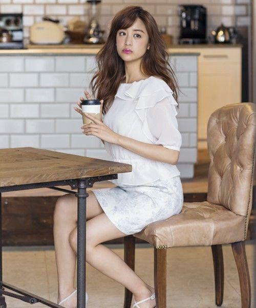 カフェの山本美月