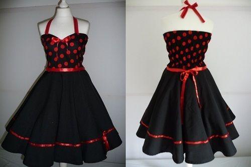 Ein Traumhaftes 50er Jahre Kleid nach Maß geschneidert,Oberteil des Kleides Schwarz mit roten Punkten mit roten Satin Bändern verziert  Volltellerr...