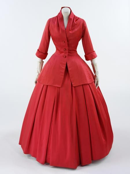 * ZÉMIRE evening ensemble Cellulose acetate, with the skirt lined with layers of silk and net 1954-5 autumn/winter - Christian Dior 'Zémire' is one of Dior's most historical designs. It was named after an opera by Grétry, first performed at the royal palace of Fontainebleau in 1771. Initially, it was called 'Fontainebleau', but this was crossed out on the chart and replaced by 'Zémire'.  Zémire was a design from Dior's 'Ligne H' collection.