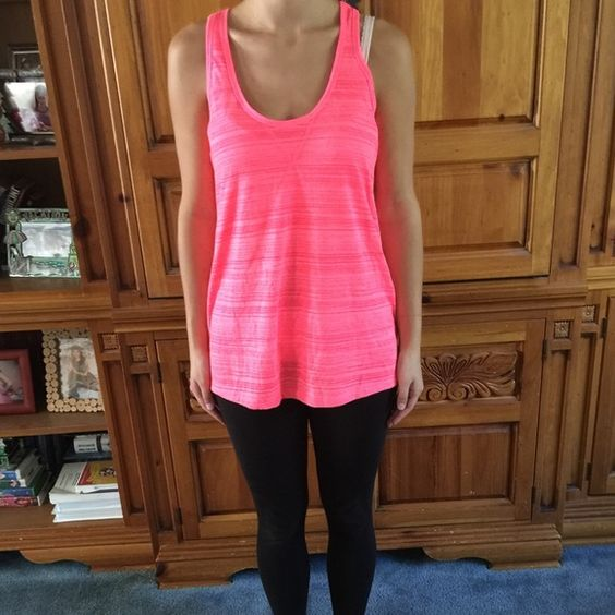 Neon pink old navy active tank top Neon pink old navy active tank top. Great condition. Worn once. No trades.. Any questions ask! 🤗 Old Navy Tops Tank Tops