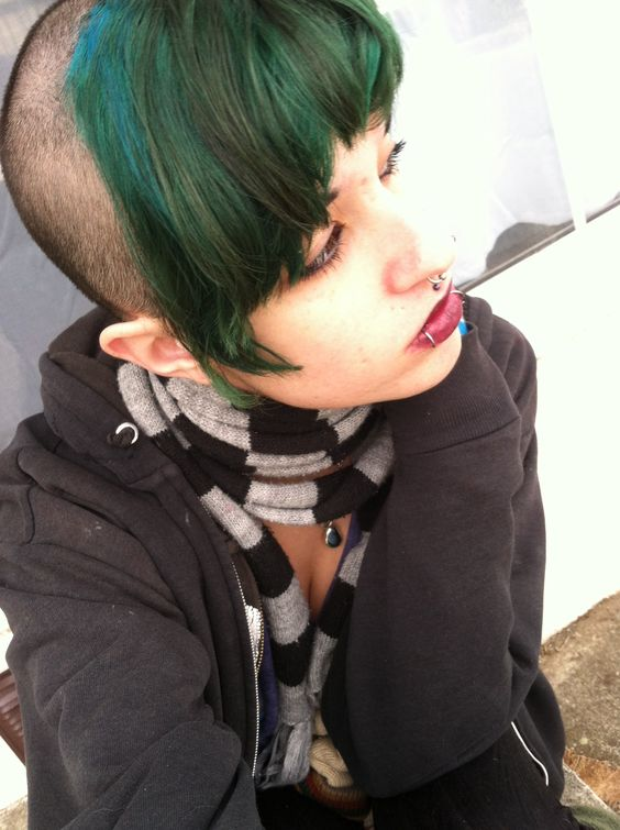 Chelsea Cut Buzz Cut Green Hair Chelsea Haircut Pinterest
