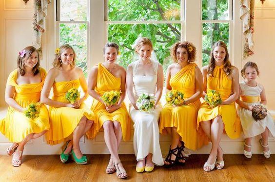 Mariage particulier en jaune!
