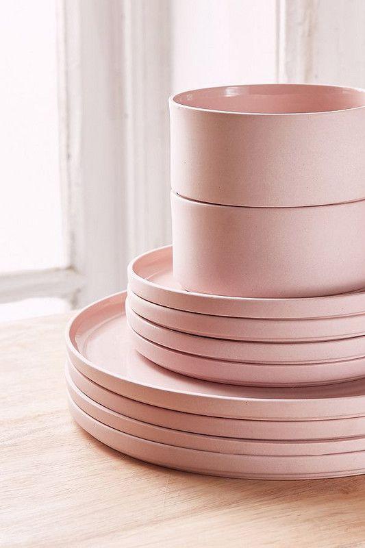 Affordable Ceramic Bowls And Cute Dinnerware Pieces Modern Dinnerware Dinnerware Set Modern Modern Tableware