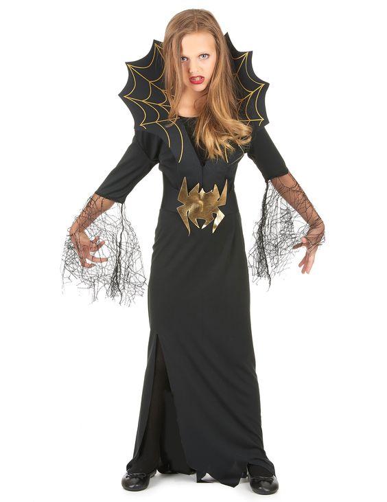 Déguisement sorcière araignée fille Halloween : Ce déguisement de sorcière araignée Halloween pour fille se compose d'une longue robe noire dentelée, ornée de dentelle et de motifs toiles...