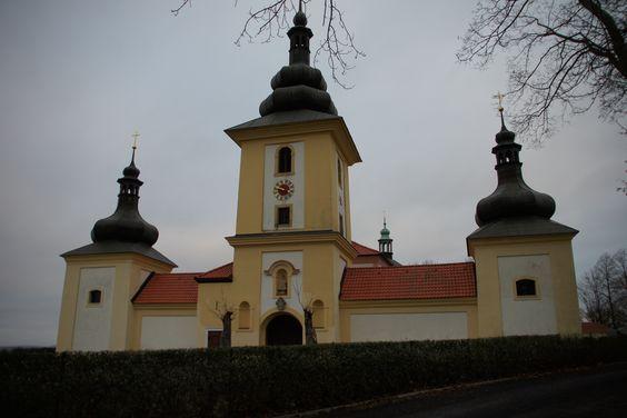 Maria Loreto in Starý Hrozňatov im Bezirk Eger der Karlovarský kraj im westlichen Tschechien, nahe der Stadt Eger, ist ein katholischer Wallfahrtsort und Gnadenstätte.