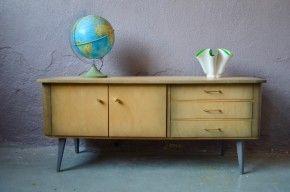 Petite Enfilade Vintage Parfaite En Meuble Tele Ou Hifi Mobilier De Salon Meuble Vintage Idees Pour La Maison