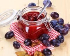 Confiture_prunes_allégées http://www.cuisineaz.com/recettes/confiture-de-prunes-allegee-56413.aspx