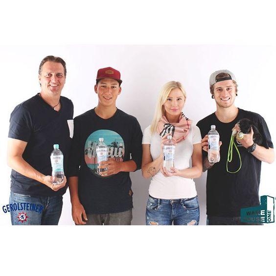 Wir sind bereit für die@gerolsteiner_de Wasserwoche! #projektwasserwoche @lil_rolex @dominik_schwarz #warehouse_one #warehouseone #wh1 #düsseldorf #germany #wasserwoche #funsport #fun #healthy #sport #gerolsteiner #team #beautiful #mineralwasser #trinkchallenge
