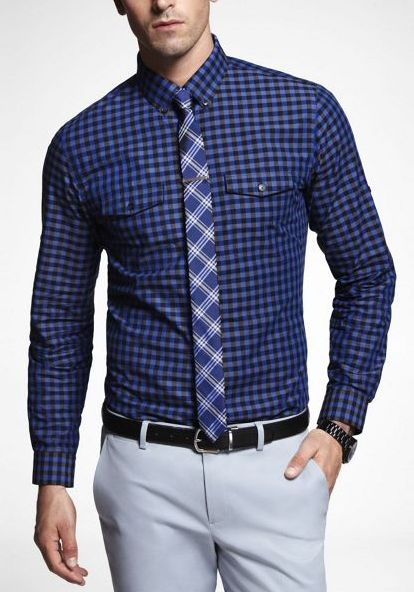 bichromatic tie matching pants (tie stripe) and shirt (tie field):