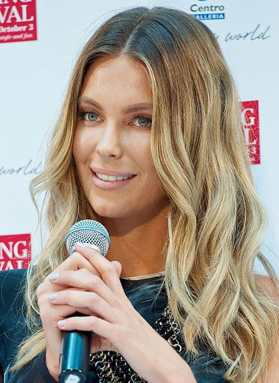 jennifer hawkins hair colour - Google Search