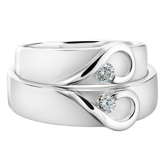 Unique Wedding Ring Sets | ... Stone Heart Style Wedding Ring Set – 10 Unique Engagement Ring Ideas