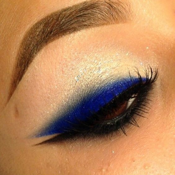 Double wing eyeliner black and blue eyeliner makeup for Wing eyecare