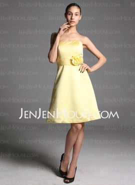 satin yellow. dun look at the design of the dress just the color/fabric