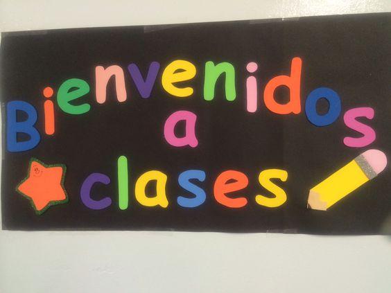 Letrero de bienvenidos a clases para dentro del aula