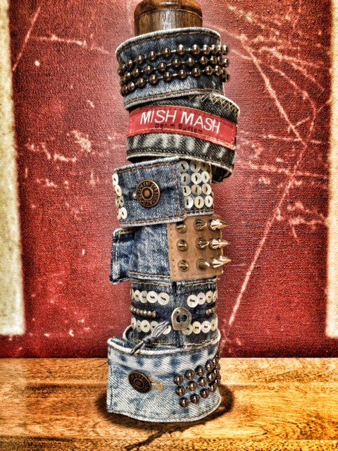 Denim cuffs...good idea for my favorite jeans once they've finally reached the point of no repair.: