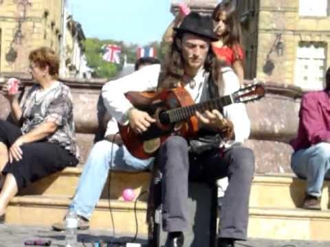 Fantastic guitar solo live by Estas Tonne