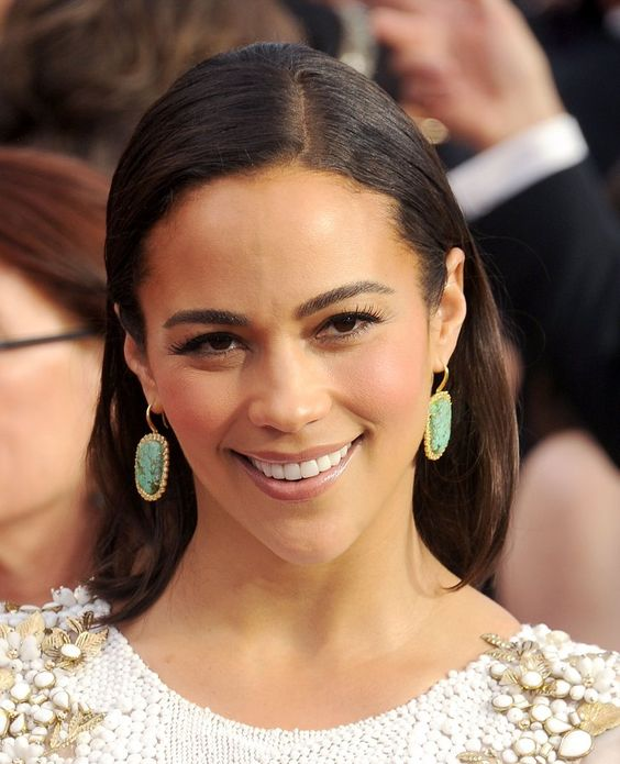 Pin for Later: The Jewels at the SAG Awards Will Sprinkle Some Sparkle on Your Day  Paula Patton's Kimberly McDonald earrings were a bright addition to her beaded gown.