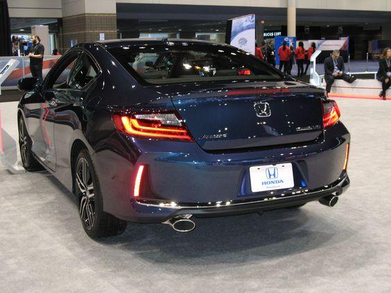 2016 Honda Accord Touring V6 coupe - 3/4 rear view