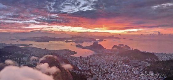 Rio de Janeiro in pink