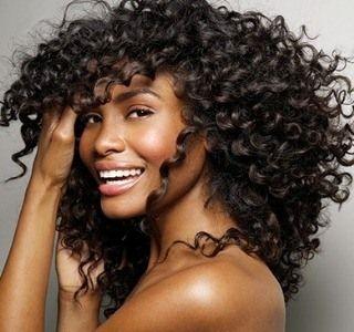 Dicas de como deixar os seus cabelos bonitos com receitas caseiras