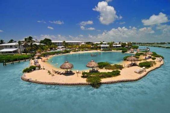Top 12 Florida Keys Hotels for Couples: Hawk's Cay Resort, Duck Key