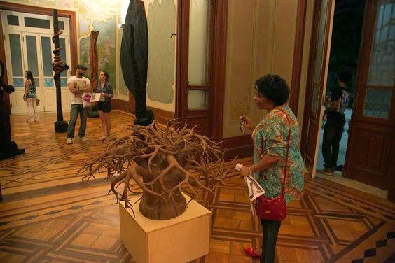 A exposição está em cartaz no Palacete das Artes, com entrada Catraca Livre