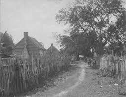 Resultado de imagen para traditional african fence
