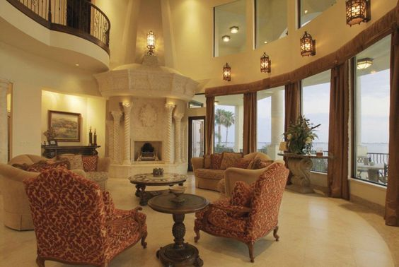 Venetian Italian style villa palazzo palace luxury home design