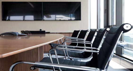 Sala de reuniões nos escritórios da Neuberger Berman em The Hague, Holanda