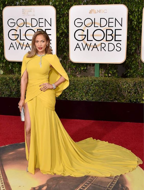 Jennifer Lopez arrives at the 73rd annual Golden Globe Awards on Sunday, Jan. 10, 2016, at the Beverly Hilton Hotel in Beverly Hills, Calif. (Photo by Jordan Strauss/Invision/AP):