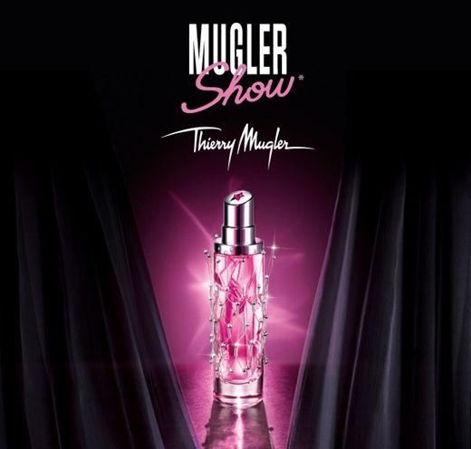 Mugler Show by Thierry Mugler - Edição limitada! Floral sensual que é composto como um doce e azedo pela combinação de bergamota, magnólia e almíscar branco.