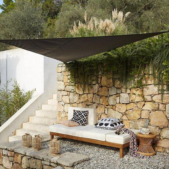 Salon de jardin acacia ou eucalyptus for Entretien d un salon de jardin en acacia