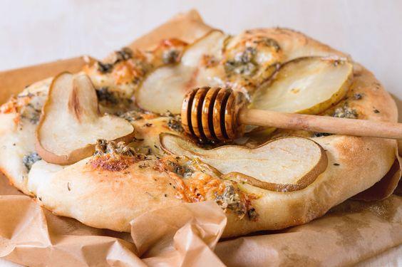 Pizza poire, gorgonzola et miel