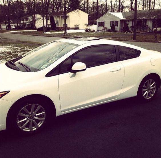 2012 Honda Civic coupe white !!! ❤️.