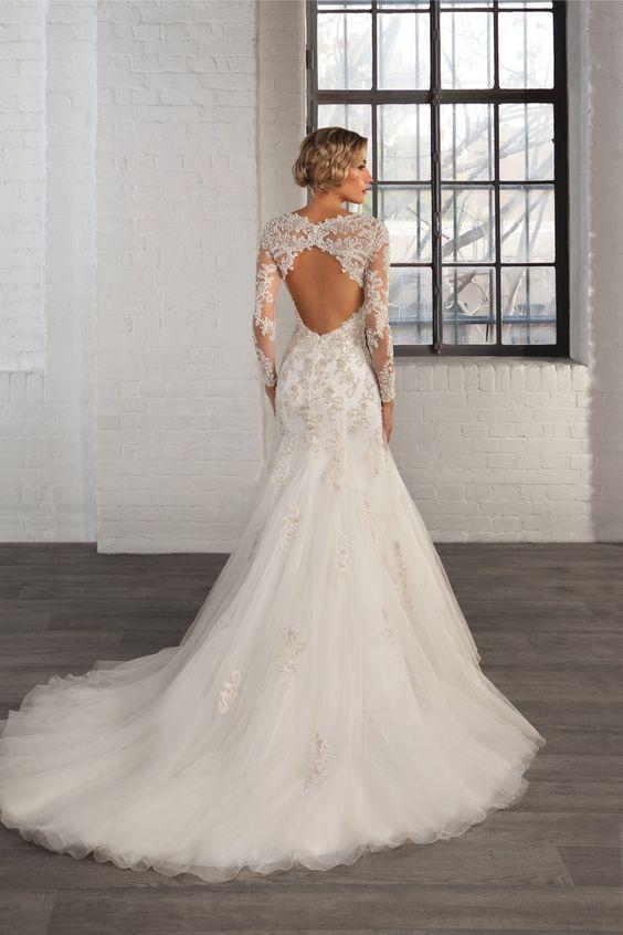 Style 7760 Cosmobella 2016 wedding dress collection #lace #keyhole #back