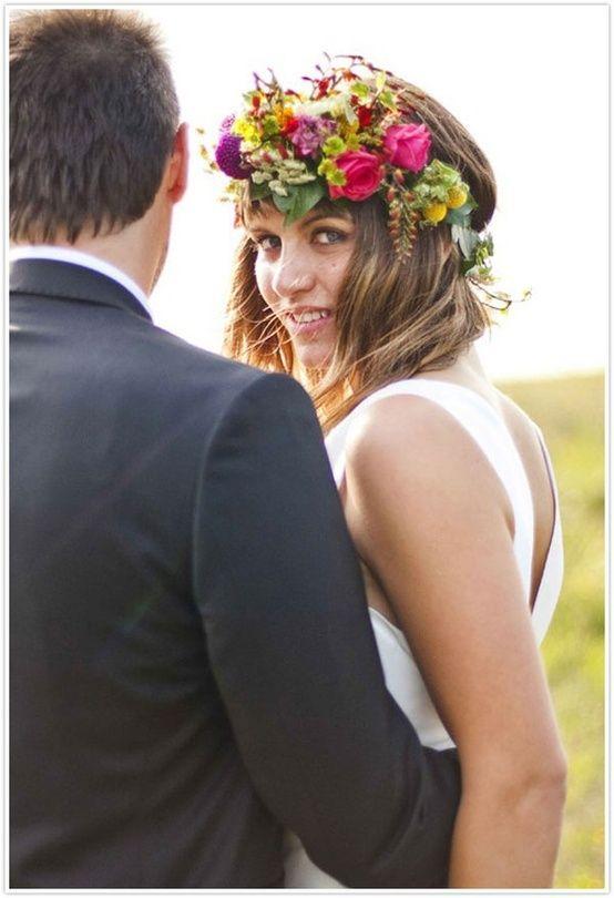 corona de flores para novia  #novia #bride #peinadoparanovia #tocadosparanovia #coronadeflores