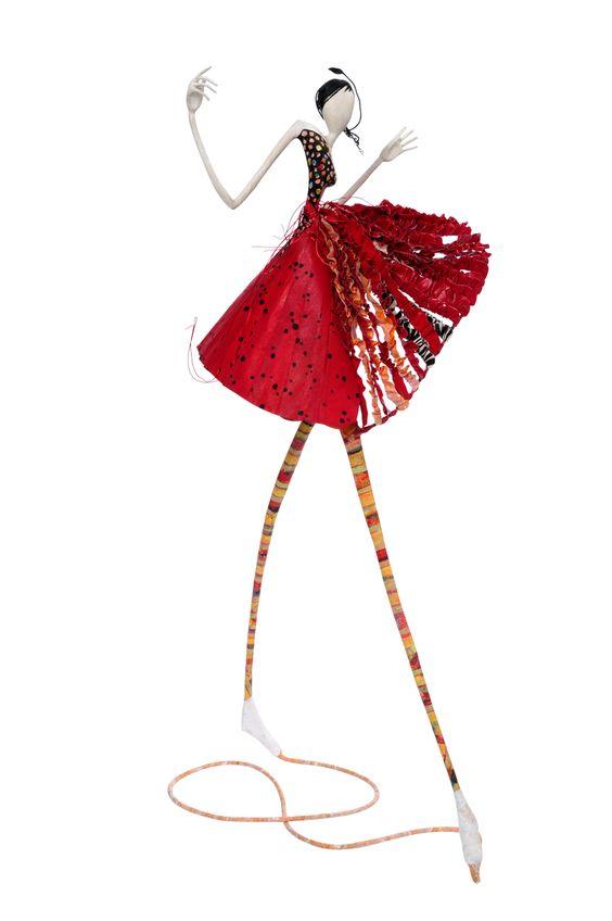 Laure Freyermuth - Sculpture en papier mâché: